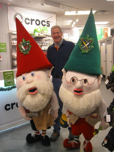 Wally and Victor visit crocs store
